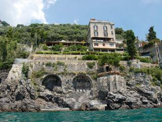 Le Terrazze al Mare, Sleeps 12, Amalfi