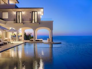 Villa Paradiso Perduto, Sleeps 16, San José Del Cabo