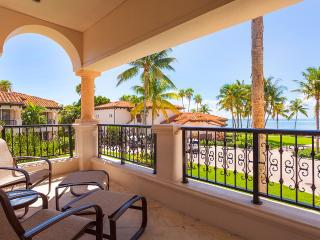 15122 - 2BR OceanView at Seaside Villas, Sleeps 4, Miami Beach