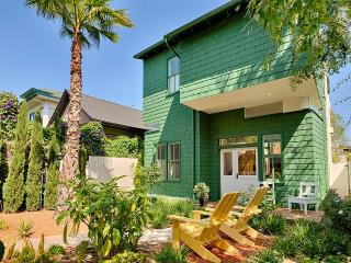 Venice Beach Retreat, Sleeps 6, Los Ángeles