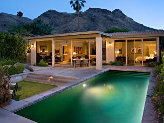 Smokewood Villa, Sleeps 4, Palm Springs