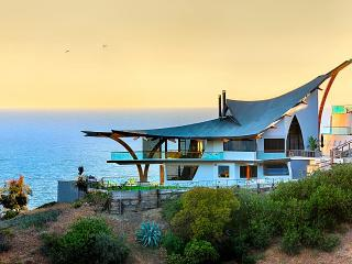 Eagle's Watch, Sleeps 8, Malibu