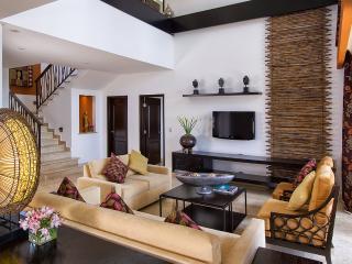 3BR Residential Loft at Villa Del Palmar, Sleeps 6, Cancún