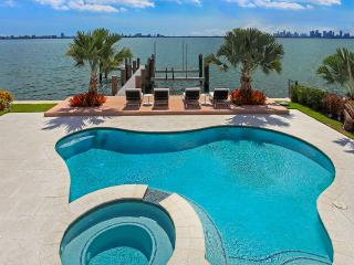 North Bay Treasure, Sleeps 10, North Bay Village