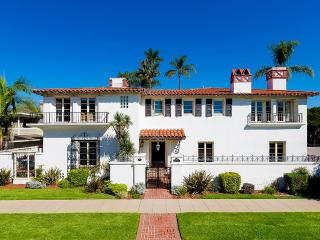 Historic Coronado, Sleeps 10