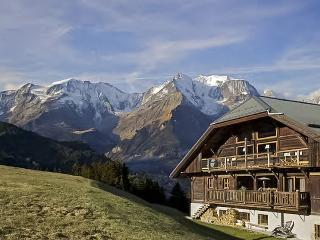 Chalet La Montagne, Sleeps 12, Megève