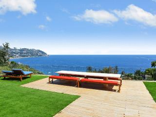 Serenita Due, Sleeps 10, Bordighera