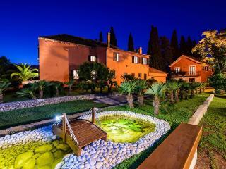 Villa Green Garden, Sleeps 10, Dubrovnik