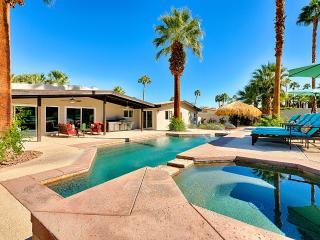 Paseo Palms, Sleeps 10, Palm Desert