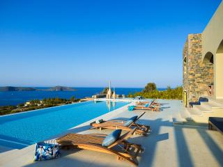 Grape Villa, Sleeps 16, Elounda
