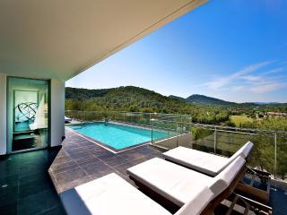 Villa Zayl, Sleeps 8, Ibiza