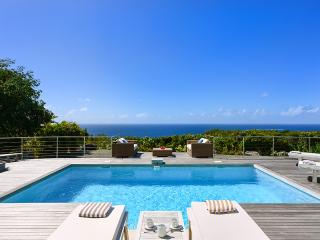 Costa Nova, Sleeps 2, Gustavia
