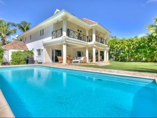 Villa Los Cocos, Sleeps 8, Punta Cana