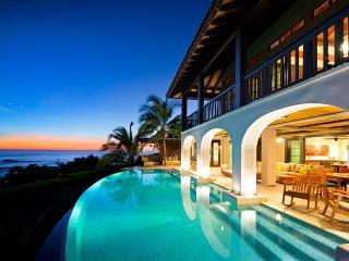 Villa Floramar, Sleeps 8, Playa Negra