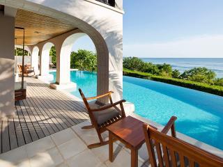 Villa Floramar, Sleeps 8