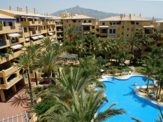 Stunning Views 3 Beds/3 Baths Beach & Town 5 Mins, San Pedro de Alcántara