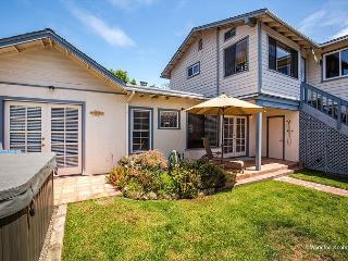 Encinitas Beach House, Walk to Beach 3 BR W/Yard
