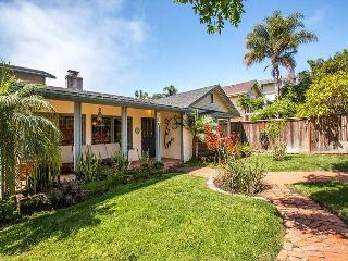 Encinitas Beach House, Walk to Beach 3 BR W/Yard