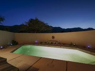 3BR/2BA La Quinta Home with Mountain Views and Private Pool