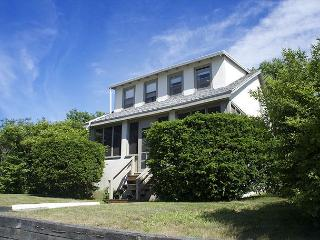 Long Beach House: Large, comfortable home just 285 feet from the white sands!, Gloucester