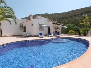 MJ000155 Lovely 3 Bed Villa, Moraira