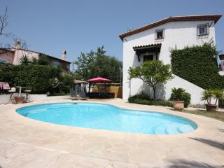 Fantastic villa with a swimming pool, Le Cannet