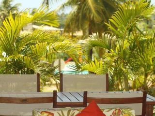 Apto 3 suites Cond.Reserva Imbassai