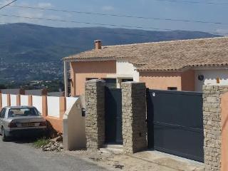 très belle maison neuve, Niza