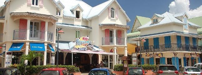 En plein coeur du Village Creole...