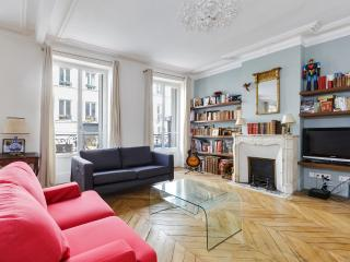 Writer's apartment in the heart of Montmartre, París