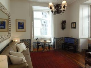 Madalena Azulejos apartment in Baixa/Chiado {#has…