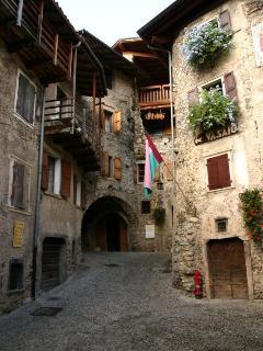 Vacanze nel borgo medioevale di Canale di Tenno