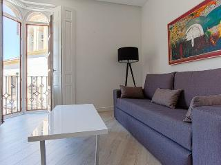 2-1 BRAND NEW APARTMENT IN THE CENTER, Sevilla