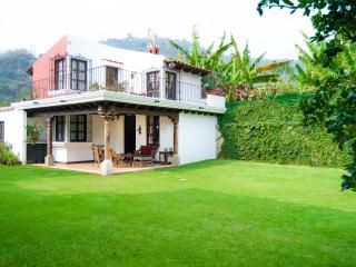 Villas Santa Ana 01, Antigua