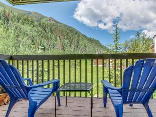 Stunning views with access to community pool & amenities, Silverthorne