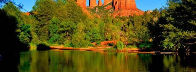 So many beautiful places to explore in Sedona!