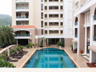 Cozy 2 Bedroom Condo (87m2) & shared pool