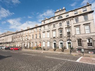 Central Edinburgh Georgian Apartment
