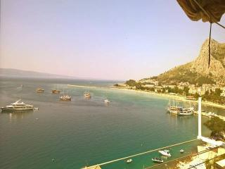 Apartment in Omis with spectacular view, CR 0