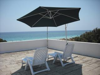 Front beach apartment in Salento, San Pietro in Bevagna
