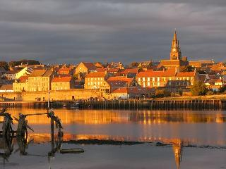 BERWICK UPON TWEED. on the border of England & Sc, Berwick upon Tweed