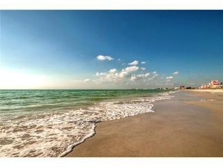 Spectacular beach with private access .only take 60 second to get there from your door step.