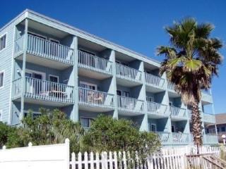 Oceanfront - Pet Friendly Condo. Walk to the Pier, Garden City Beach
