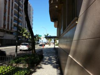 Great 3br apartment 1min walk to Ipanema beach!