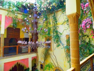 Marlinea, Rabat