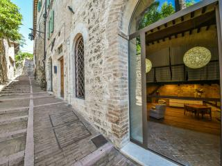 Cosy Loft in Assisi Center