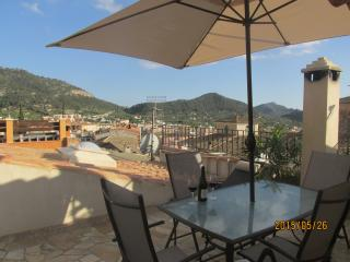 Colonial reformed villa in the heart of Andratx