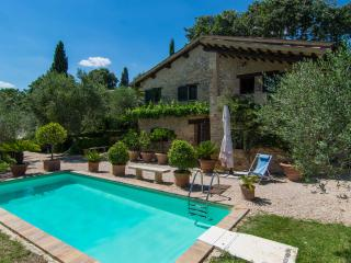 Private Umbrian Villa near historic Montefalco