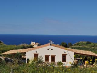 Villa Elena a 2 km dalla Riserva dello Zingaro, Scopello