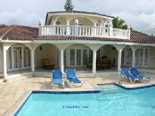Confers Beach 4 Bedroom Crown Villa, Puerto Plata